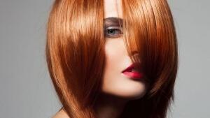 Melena pèl-roja | Perruqueria Tot Cabell